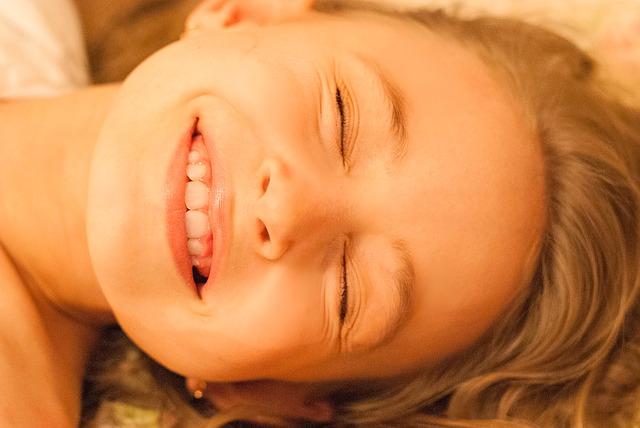 「永久歯が生えるスペースがない」と気づいたら、すぐに矯正相談に行きましょう